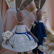 Куклы и игрушки ручной работы. Ярмарка Мастеров - ручная работа Свадебные зайцы Сувенир на память. Handmade.