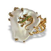 Украшения handmade. Livemaster - original item Lizard ring in gold, with emeralds and Baroque pearls. Handmade.