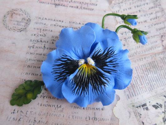 """Броши ручной работы. Ярмарка Мастеров - ручная работа. Купить Брошь """"Анютка"""" голубые анютины глазки из полимерной глины. Handmade."""