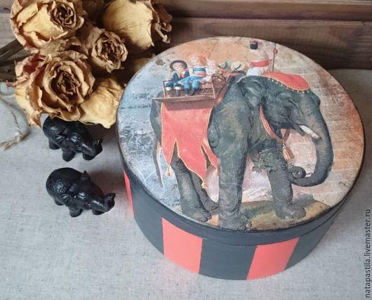"""Шкатулки ручной работы. Ярмарка Мастеров - ручная работа. Купить Шкатулка декупаж """"Прогулка на слоне"""" резерв. Handmade. Шкатулка, слон"""