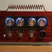 Часы ламповые ручной работы. Ярмарка Мастеров - ручная работа SteamPunk ламповые часы на индикаторах ИН-1 с FM радио. Handmade.