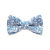 Аксессуары ручной работы. Ярмарка Мастеров - ручная работа Галстук-бабочка белый с синим принтом пейсли из хлопка. Handmade.