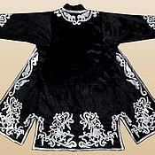 Одежда ручной работы. Ярмарка Мастеров - ручная работа Узбекский вышитый шелком национальный халат, чапан A1939. Handmade.