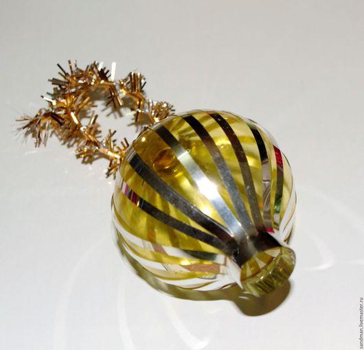 Винтажные куклы и игрушки. Ярмарка Мастеров - ручная работа. Купить Советская ёлочная игрушка, жёлтый стеклянный шар. Handmade.