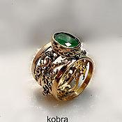Украшения ручной работы. Ярмарка Мастеров - ручная работа золотое кольцо с изумрудом. Handmade.
