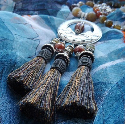 """Колье, бусы ручной работы. Ярмарка Мастеров - ручная работа. Купить Колье """"Брызги звёзд..."""" (агат, серебро, шёлковые кисти). Handmade."""