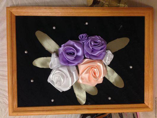 Картины цветов ручной работы. Ярмарка Мастеров - ручная работа. Купить Розы на темном фоне. Handmade. Белый, атласные ленты