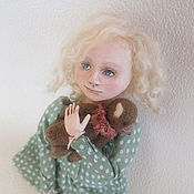 """Куклы и игрушки ручной работы. Ярмарка Мастеров - ручная работа девочка с мишкой """"Никому тебя не отдам!"""". Handmade."""