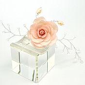 Свадебный салон ручной работы. Ярмарка Мастеров - ручная работа Шпильки для невесты  с цветами  Роза с веточкой. Handmade.