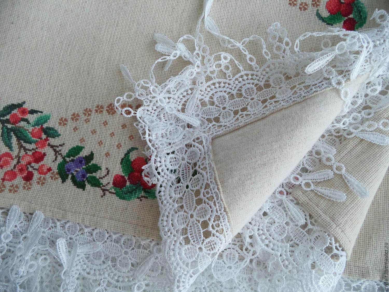Льняные скатерти с кружевом и вышивкой 604