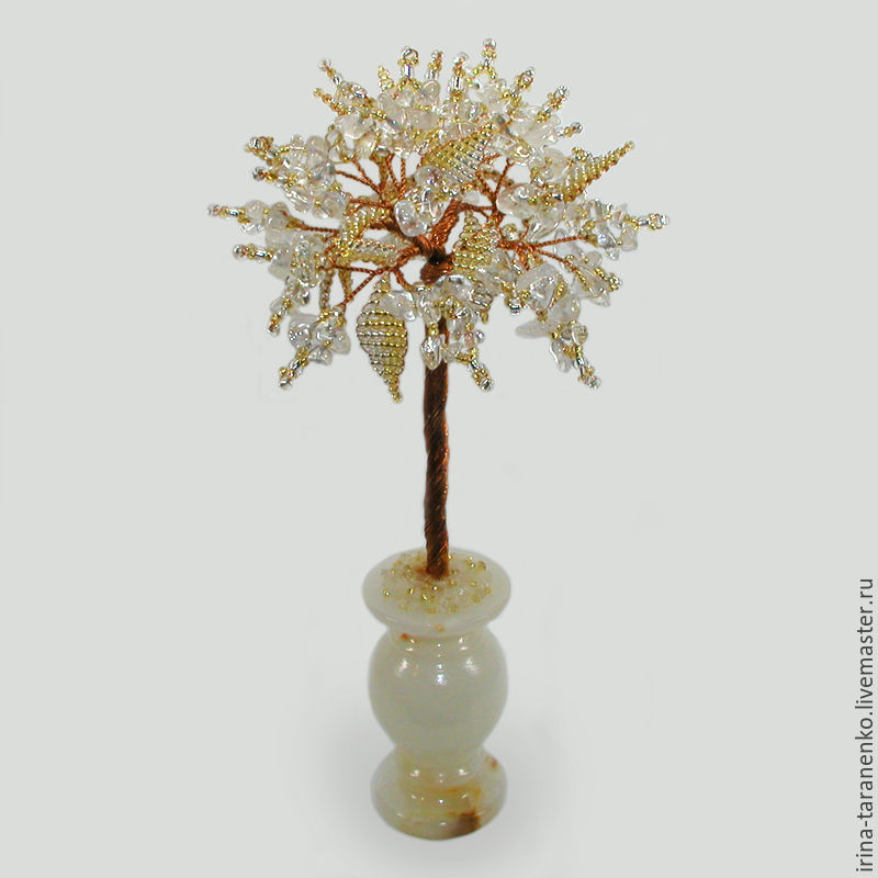 Tree of rock crystal in a vase of onyx `Magic`