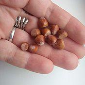 Кукольная еда ручной работы. Ярмарка Мастеров - ручная работа Кукольная еда: Орехи фундук, грецкий, миндаль. Handmade.