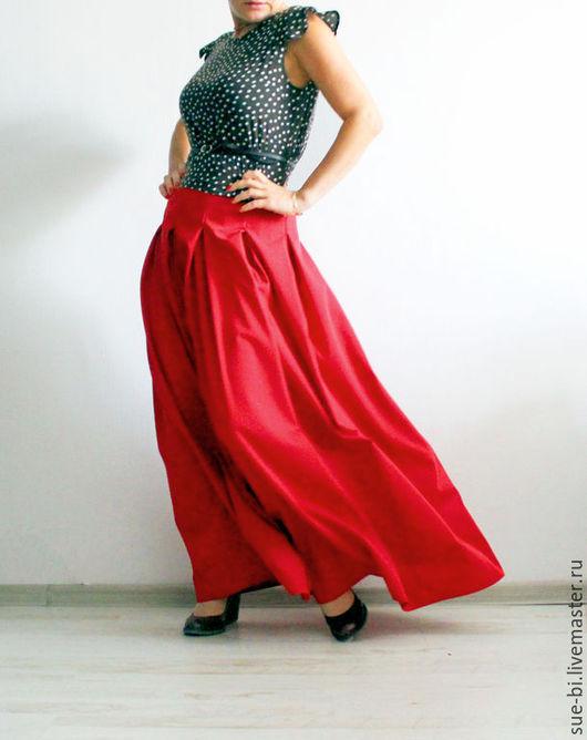Юбки ручной работы. Ярмарка Мастеров - ручная работа. Купить Красная юбка в пол из шерсти премиум класса. Handmade.