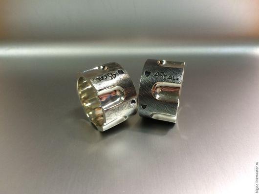 Кольцо ручной работы. Заказать кольцо из серебра. Авторское кольцо. Необычное кольцо. BigJoe. Ярмарка Мастеров. Купить кольцо.  Револьвер, серебро 925 пробы