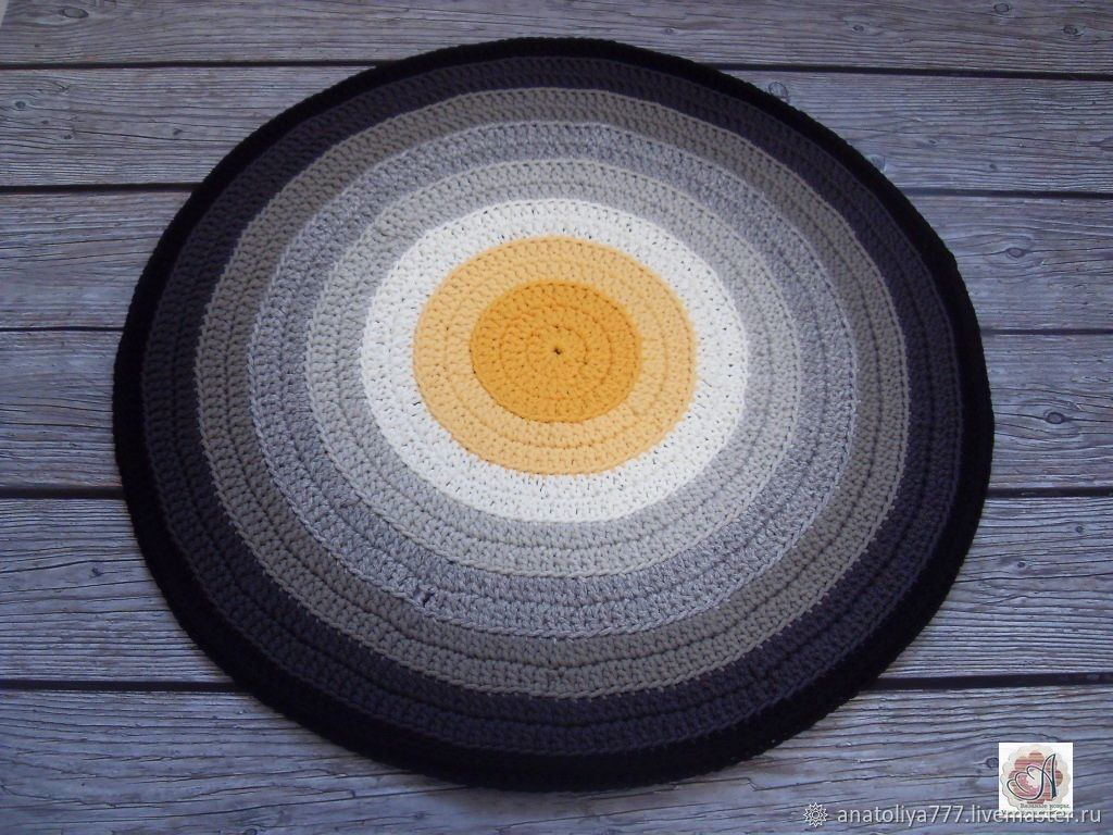 The round carpet in the bedroom crocheted 'grey circles', Carpets, Kabardinka,  Фото №1