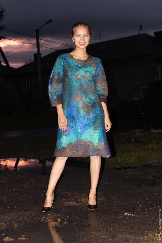 """Платья ручной работы. Ярмарка Мастеров - ручная работа. Купить """"В пучине морской"""" валяное платье оверсайз. Handmade. Платье"""