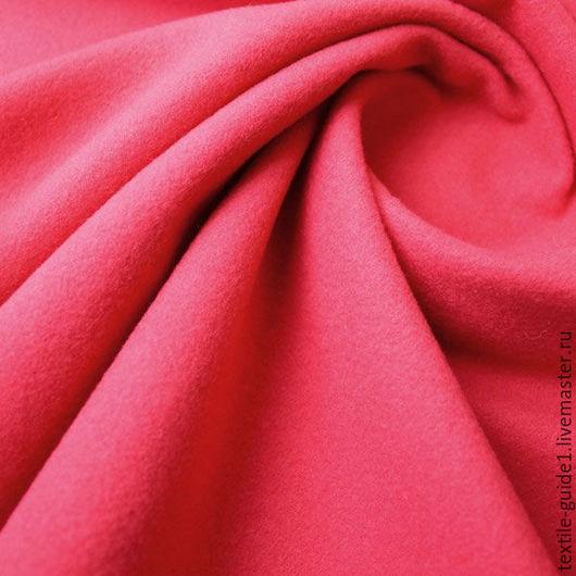 9030839. Пальтовая ткань лососевого насыщенного цвета. Состав 80 шерсти, 10 мох, 10 полиэстера.