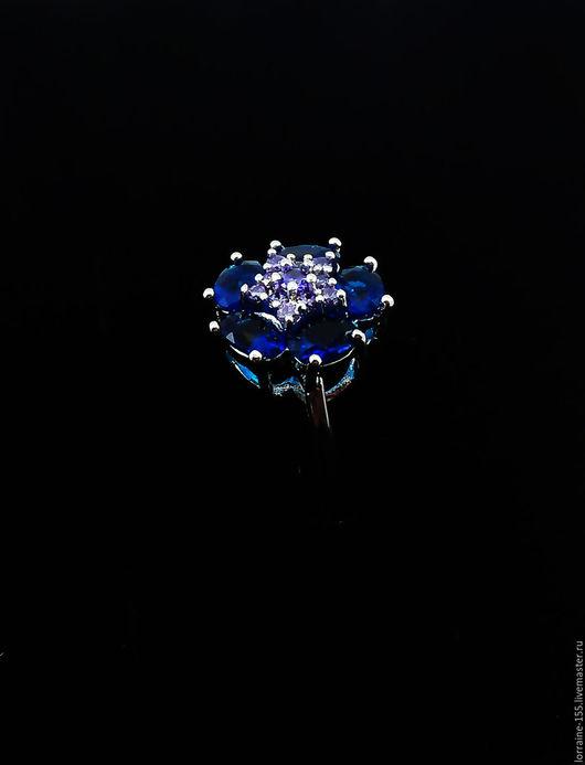 """Кольца ручной работы. Ярмарка Мастеров - ручная работа. Купить Кольцо """"Незабудка""""с Сапфирами и цирконами.. Handmade. Тёмно-синий"""