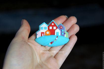 Броши ручной работы. Ярмарка Мастеров - ручная работа. Купить Разноцветные домики. Брошь.. Handmade. Домик, брошь из полимерной глины