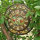 `У Лукоморья...` Часы настенные интерьерные в старинном русском стиле , выполненные в технике точечной росписи с использованием эмалевых красок.