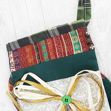 Новогодний сапожок - упаковка для сладких подарков