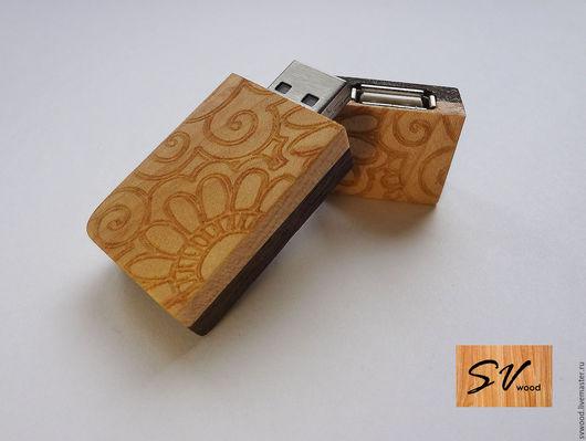 Персональные подарки ручной работы. Ярмарка Мастеров - ручная работа. Купить Деревянная USB флешка. Handmade. Подарочная флешка