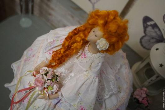 Куклы Тильды ручной работы. Ярмарка Мастеров - ручная работа. Купить Грелка на чайник в стиле Шебби-шик. Handmade. биссер
