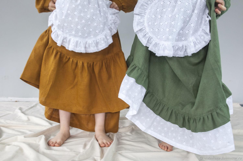 Льняное платье для девочки с кружевным фартуком и чепчиком, Платья, Москва,  Фото №1