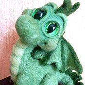 Войлочная игрушка ручной работы. Ярмарка Мастеров - ручная работа Зеленый Дракончик (сухое валяние). Handmade.