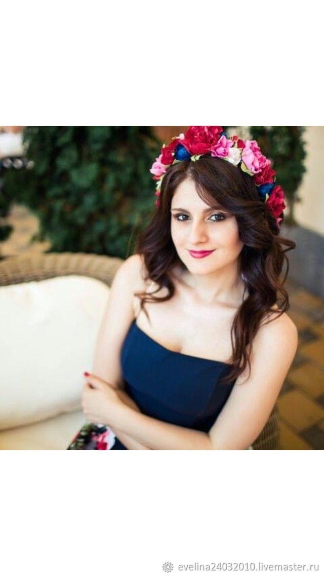 Диадемы, обручи ручной работы. Ярмарка Мастеров - ручная работа. Купить Веночек с цветами, венок с цветами из фоамирана на голову. Handmade.