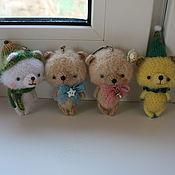 Куклы и игрушки ручной работы. Ярмарка Мастеров - ручная работа Вязаные мишки амигуруми. Handmade.