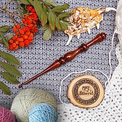 Материалы для творчества handmade. Livemaster - original item Crochet hook made of Siberian cedar wood 4mm. K32. Handmade.
