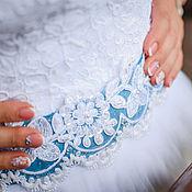 Свадебный салон ручной работы. Ярмарка Мастеров - ручная работа Свадебный пояс (вышивка по  готовому кружеву). Handmade.