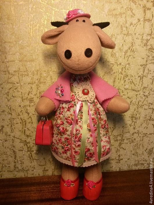 Куклы Тильды ручной работы. Ярмарка Мастеров - ручная работа. Купить Корова-модница. Handmade. Розовый, текстильная игрушка, шляпка