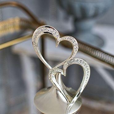 Свадебный салон ручной работы. Ярмарка Мастеров - ручная работа Именная фигурка для торта Два сердца с кристаллами Swarovski.. Handmade.