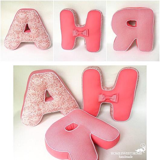 Интерьерные слова ручной работы. Ярмарка Мастеров - ручная работа. Купить Буквы подушки ИМЕНА (3шт) - имя Аня. Handmade.