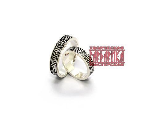 Славянские обручальные кольца Свадебник с обережным орнаментом Рысич. Белое золото.