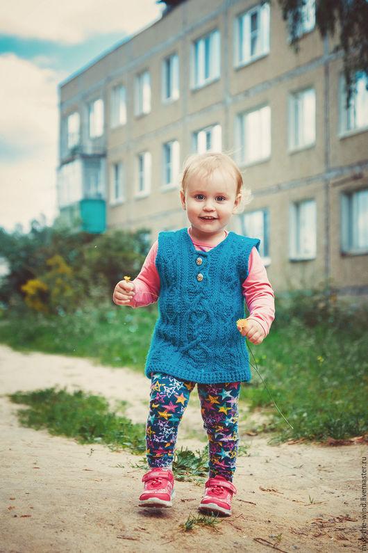 """Одежда для девочек, ручной работы. Ярмарка Мастеров - ручная работа. Купить Удлиненный жилет """"Бирюзовые плетения"""". Handmade. Синий"""