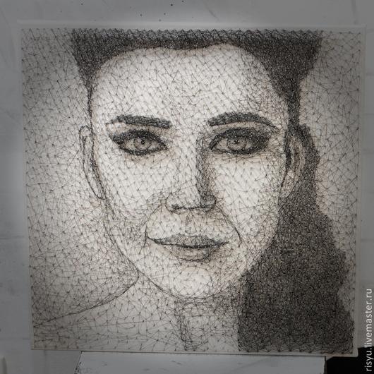 Люди, ручной работы. Ярмарка Мастеров - ручная работа. Купить портрет певицы Елки в стиле стринг арт. Handmade. панно