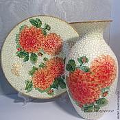 Вазы ручной работы. Стеклянная ваза  Георгины и бабочки