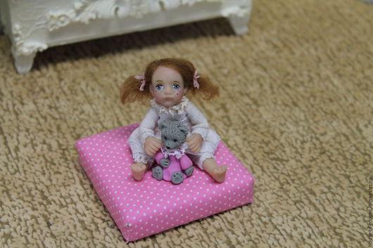 Кукольный дом ручной работы. Ярмарка Мастеров - ручная работа. Купить Девочка с мишкой 1:12. Handmade. Комбинированный, миниатюра
