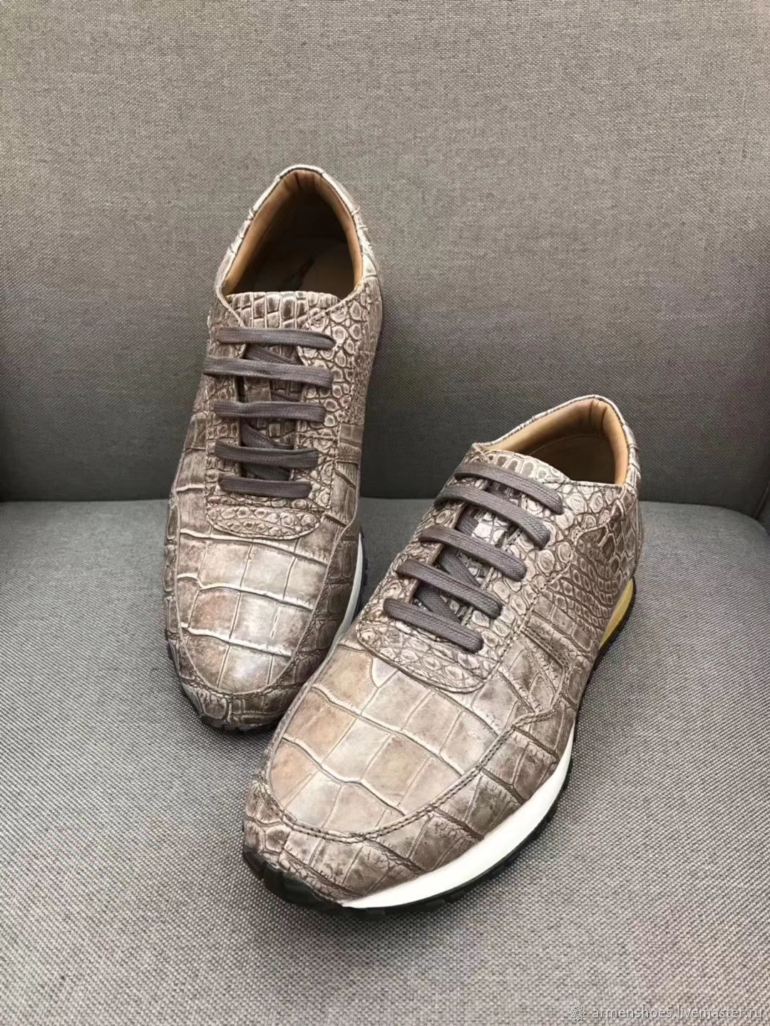 Sneakers made of crocodile skin, in exclusive paint, unisex model, Sneakers, Tosno,  Фото №1