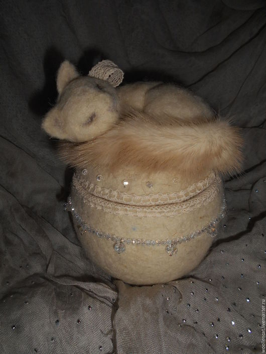"""Шкатулки ручной работы. Ярмарка Мастеров - ручная работа. Купить Шкатулка """"Белый сон"""". Handmade. Белый, спящая кошка, соня"""