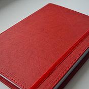 Канцелярские товары ручной работы. Ярмарка Мастеров - ручная работа Красный кожаный блокнот ручной работы. Handmade.