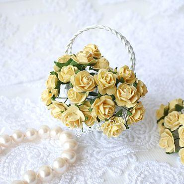 Цветы и флористика ручной работы. Ярмарка Мастеров - ручная работа Бумажные розы 1,5 см Желтые Цветы для скрапбукинга. Handmade.