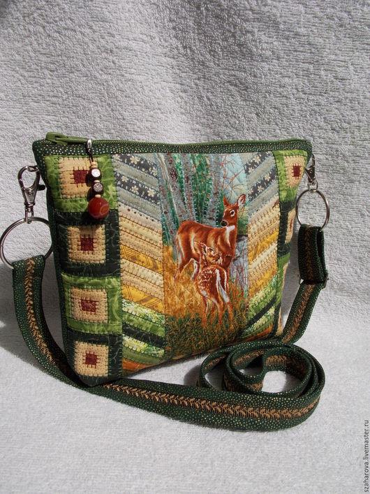 """Женские сумки ручной работы. Ярмарка Мастеров - ручная работа. Купить Лоскутная сумка """"Лесные жители"""", сумка пэчворк, Маленькая, Зелёный. Handmade."""