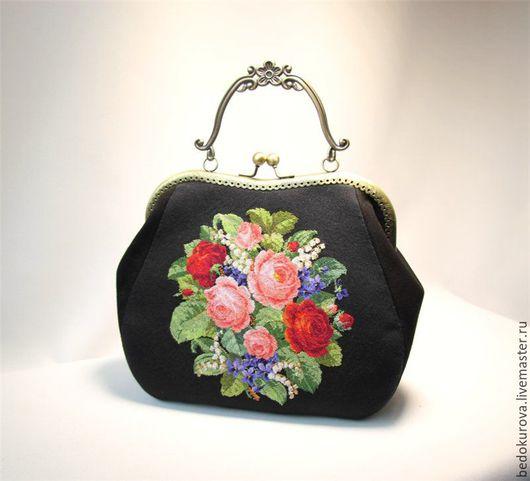 Женские сумки ручной работы. Ярмарка Мастеров - ручная работа. Купить Замшевая сумка с вышивкой Роскошный букет. Handmade.