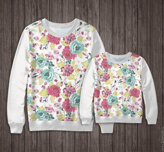 Фемилилук для мамы и дочки. Принт может быть как на рукавах, так и на полочке,  в любом сочетании.