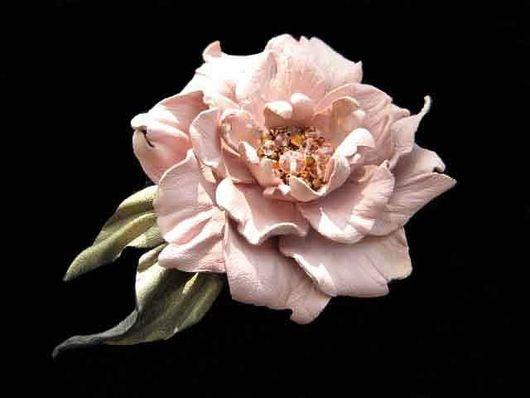 цветы из кожи, кожаные цветы, кожаные изделия, аксессуары из кожи, украшения из кожи, кожаные аксессуары, брошь заколка цветок ,розовый цветок из кожи, женский кожаный браслет с цветами, розовый шипов