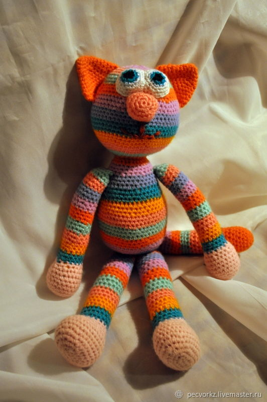 the cat, a knitted cat, gift for girl,gift for friend,original gift,toy, handmade toy for a child,the original toy,cats, cats, cats,the doll-amigurumi, crochet toy